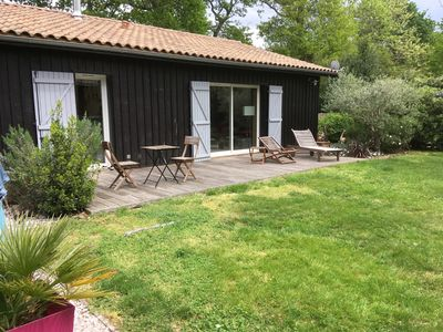 Photo for Cozy house for 6 people 10 minutes walk from Taussat beach