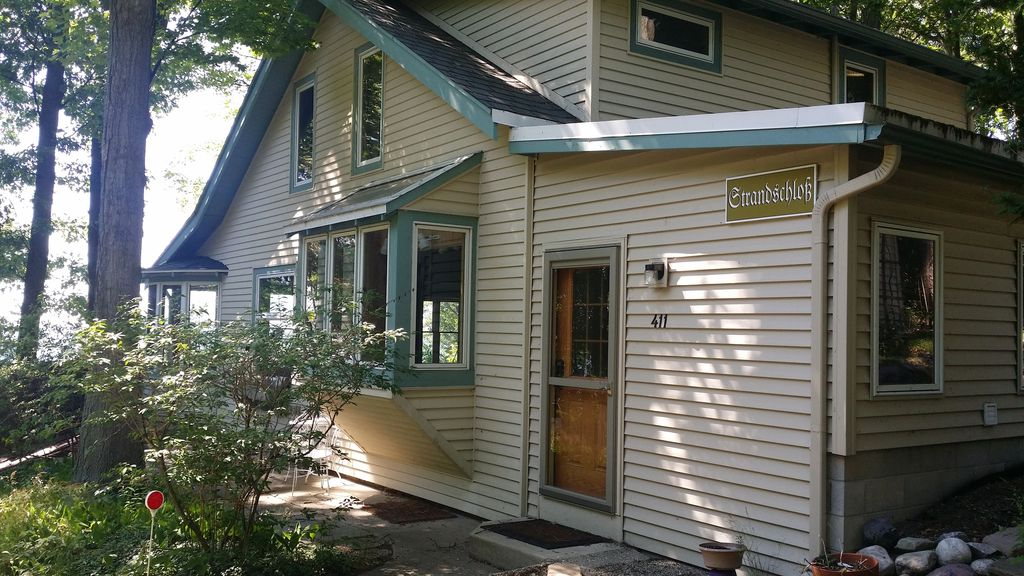 Summer Vacation At Charming Park Township Cottage Vrbo