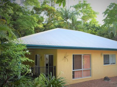 Photo for Cairns Rainforest Cottage❤10mins to City Centre