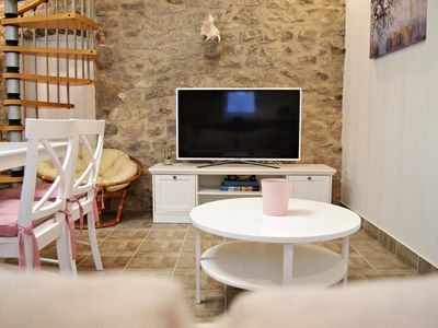 Photo for Charming 1BD Kastela Apt close to Sea