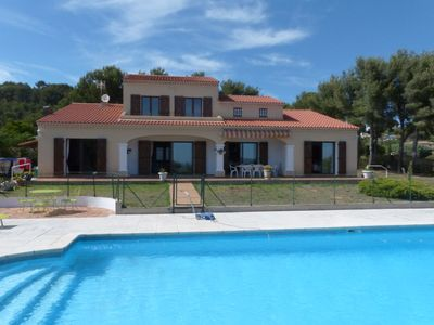 Photo for 4BR House Vacation Rental in BANDOL