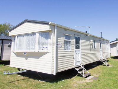 Photo for 8 berth dog friendly holiday home, Great Yarmouth at Haven Seashore ref 22111