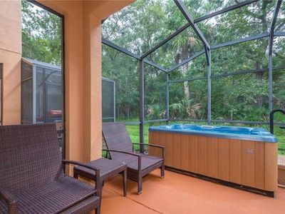 Photo for Regal Oaks Resort (Free Amenities) - 10 min drive to Disney! Walk to Old Town!