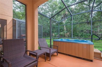 Screned Patio w/private hot tub