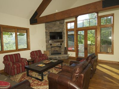 Photo for Large Mountain Home, 2 Living Areas ,Priv. Hot Tub, Great Views, & 2 Car Garag