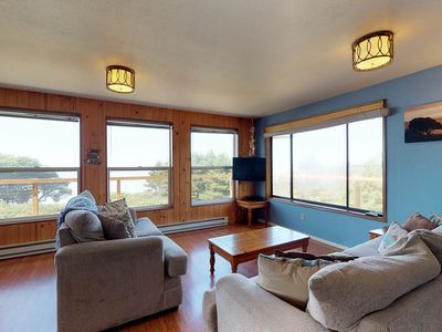 Photo for Oceanfront, dog-friendly, secluded home near golf & beaches