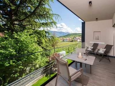 """Photo for Modern Apartment """"App. Lagrein"""" with Mountain View, Wi-Fi, Garden, Pool, Sauna & Jacuzzi; Parking Available"""