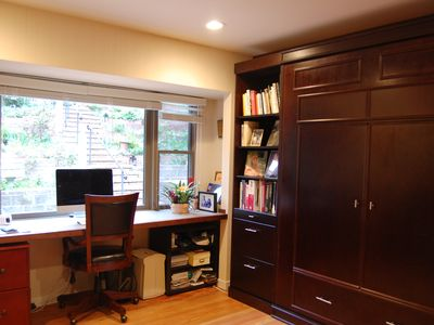 Photo for Superb location. Spacious, Open And inviting House With Pool/Sauna. Zip to SF