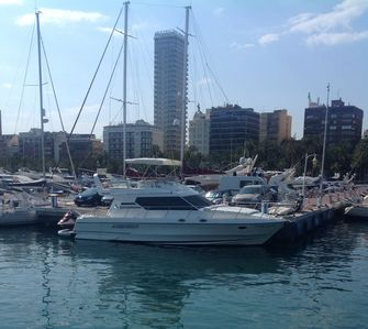 Photo for Stay in 2bed 15m Motor Yacht in Alicante