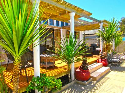 Photo for Peaceful house with pool close to ocean. Experience Chile. 20 min to San Antonio