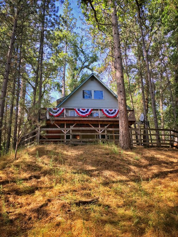 this yose is cabin welcome cabins buss s vrbo round for stop in to year available rentals yosemite