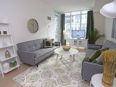 Photo for Stunning New 2 Bed + 2 Bath Downtown. Prime Locatn