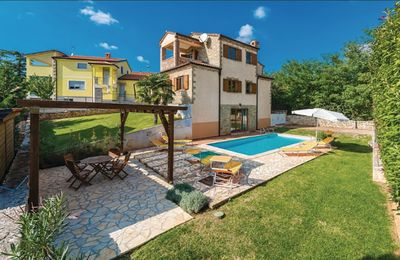 Photo for Stone Villa in own grounds with swimming pool and large gardens. Car Parking (2)