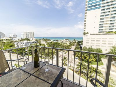 FORT LAUDERDALE BEACH CONDO WITH OCEAN VIEW & HEATED POOL ON INTRACOASTAL!!!!