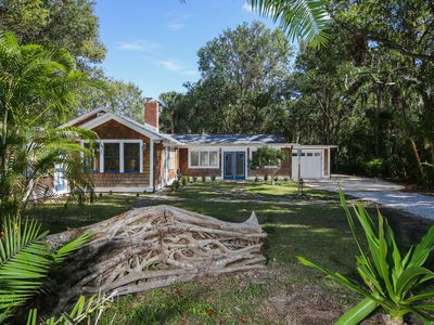 Photo for Charm, Location, Quality in Sarasota Florida