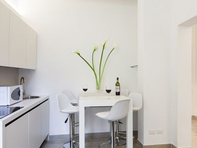 brand new spacious apartment with wifi in the center of Florence