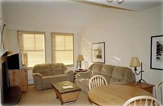 Photo for Silvermill 1 BR Condo - Mountain View, Low Rates, River Run. close to Gondola