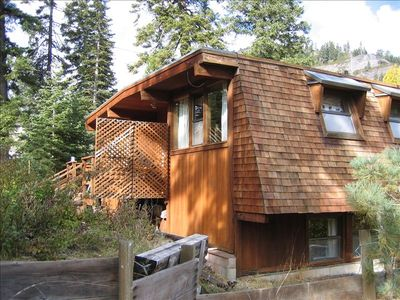 Photo for Classic Mountain Cabin - Close to Lake Tahoe & Tahoe City