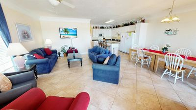 Large 6BR Oceanfront /Ocean Drive Section - North Myrtle Beach Condo - Free Wifi