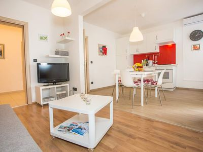 Photo for Apartment for 4 persons 6 km from the beach