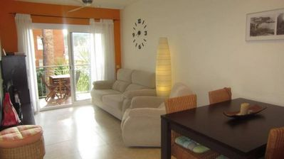 Photo for 2 bedroom Apartment, sleeps 3 with Pool and Walk to Beach & Shops