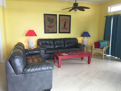 Pet Friendly! | Great Views from Gulf Front Beach House that Sleeps 10!!