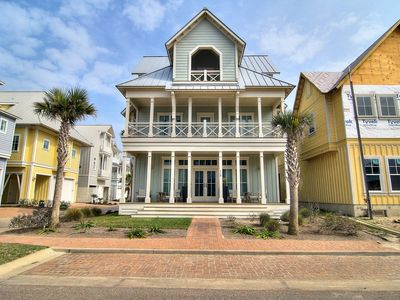 Photo for Shore Perfection 118 CE: 5  BR, 4.5  BA House in Port Aransas, Sleeps 14