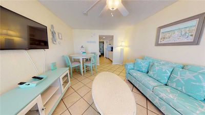 Photo for Ocean Views, Balcony, Beach Access, Pools, Hot Tubs, Lazy River, Elevator, Free Wifi, Kitchen