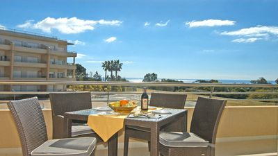 "Photo for Luxury ""Beach Front"" Apt. PERFECT Location 2  to beach, 5 min to STRIP"