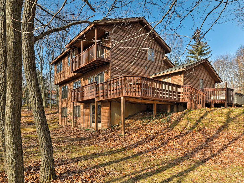 mountains hot poconos for tub couple pool rentals cabins sale pocono cabin with rent