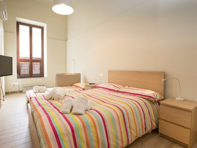 Photo for Wellness House Galilei E apartment in Siracusa with WiFi, air conditioning & private terrace.