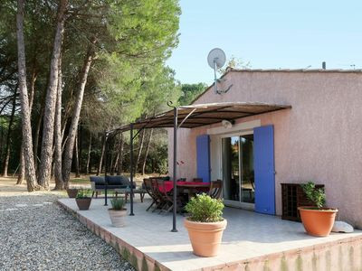 Photo for Lovely apartment for 6 guests with private pool, WIFI, TV, pets allowed and parking