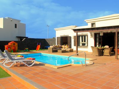 Photo for Detached Villa on Faro Park, Private Salt Water Heated Pool, Free WIFI, SKY TV