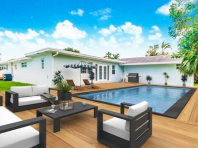 Photo for Luxurious Natalie's Villa with Pool