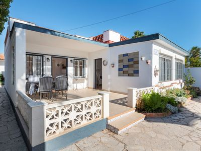 Photo for Detached house in a quiet residential area of Vinaròs near the beach
