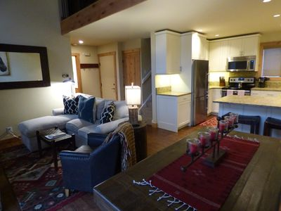 Photo for Freshly renovated condo in Elkhorn Village, just minutes from everything!