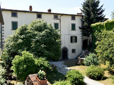 Photo for SUITES in Villa ANTICA surrounded by greenery, 8 people, HOT and COZY
