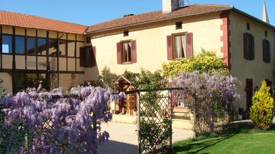 Photo for Gorgeous, spacious & well-equipped gite in the heart of SW France