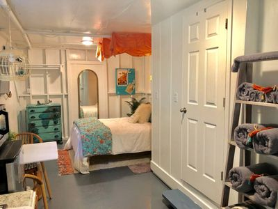 HipsterShack Studio 1 BR SurferPad 1 Block@beach