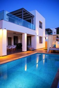 Photo for Luxurious modern villa, 200m from sandy beach!K2