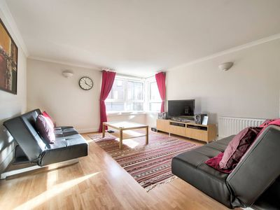 Photo for Comfortable Apartment Next To Holyrood Park