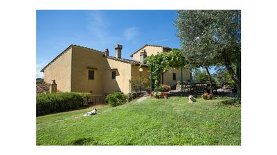 Photo for Charming Country House nr Florence - Views stunning in the middle of Tuscan