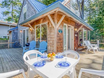 Photo for Make Happy Memories in this Charming Cottage in Manzanita!