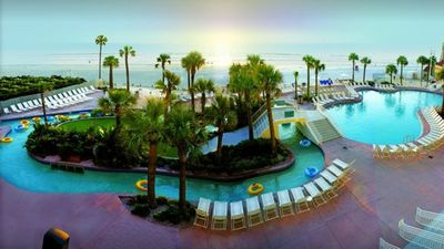 Photo for Visit beautiful Daytona Beach with Ocean Walk!