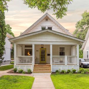 Hygge Haus in the heart of St. Paul.