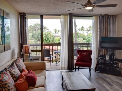 Photo for Cozy Condo with Quick Walk to Charley Young Beach