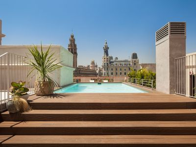 Photo for Llotja apartment - Views of the city and fully equipped
