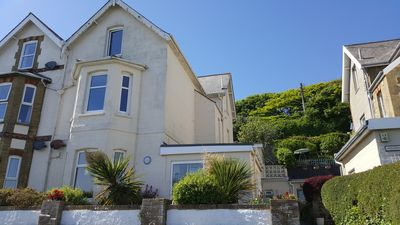 Photo for Spacious 1 bedroom apartment with stunning sea views