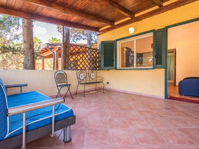 Photo for Small and comfortable villa just a few meters from the beach, 4 beds