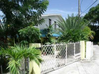 Photo for Beautiful, spacious air-conditioned apartment close to south coast beaches